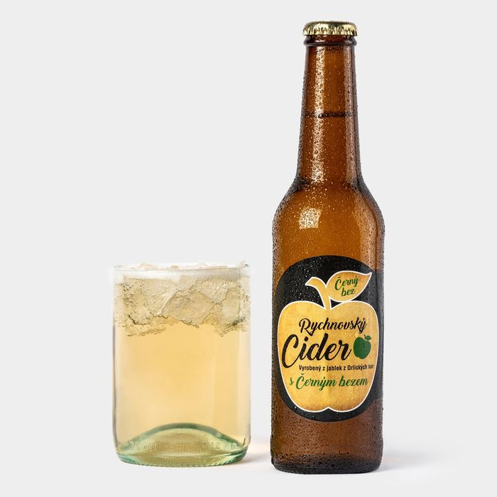 Cider s černým bezem